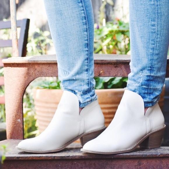 Womens White Indie Heeled Booties